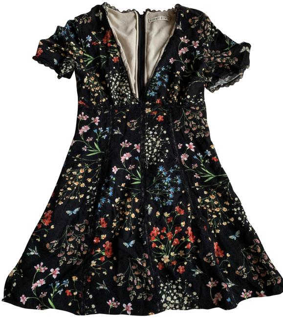 Item - Floral and Lace Short Cocktail Dress Size 0 (XS)