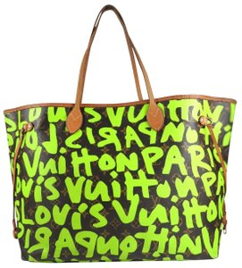 Louis Vuitton Tote in Monogram Neon Green Limited Edition