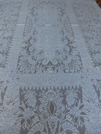 Preload https://img-static.tradesy.com/item/26722231/ivory-intricate-crocheted-lace-72-x-44-tablecloth-0-0-540-540.jpg