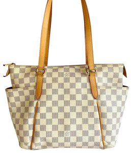 Louis Vuitton Lv Totally Totally Pm Damier Totally Pm Shoulder Bag