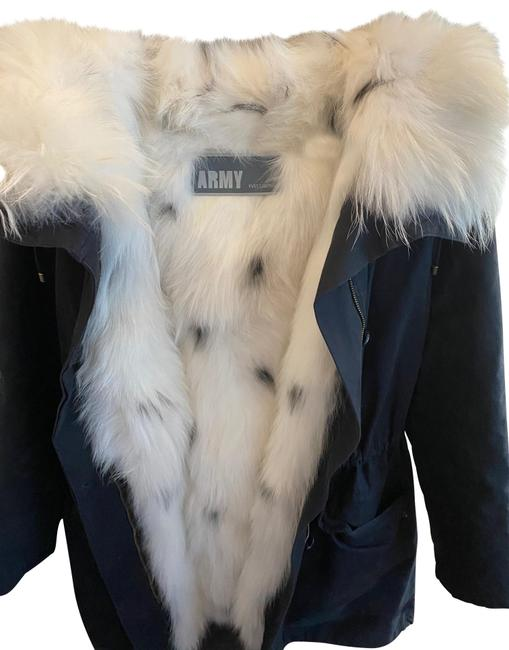 Item - Black Parka with Fox Coat Size 2 (XS)
