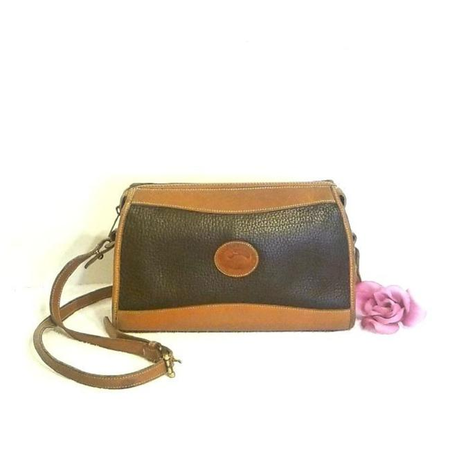 Item - Classic R19 Zip Top Dark Blue with British Tan All Weather Leather Shoulder Bag
