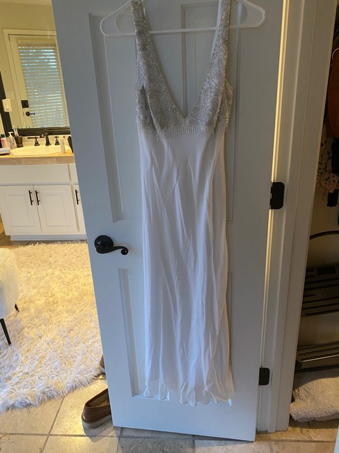 Item - White Silk Stunning Bedazzled Sexy Bridesmaid/Mob Dress Size 4 (S)