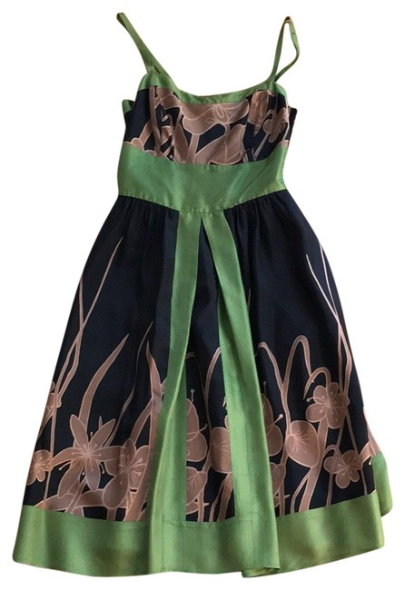 Item - Black Green Taupe Hype Mid-length Short Casual Dress Size 4 (S)