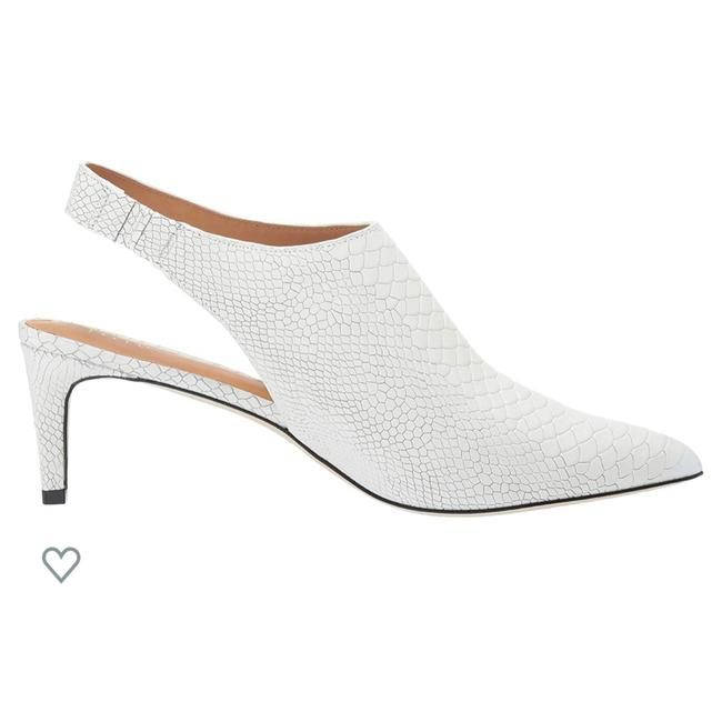Item - White Pumps Size US 6.5 Regular (M, B)