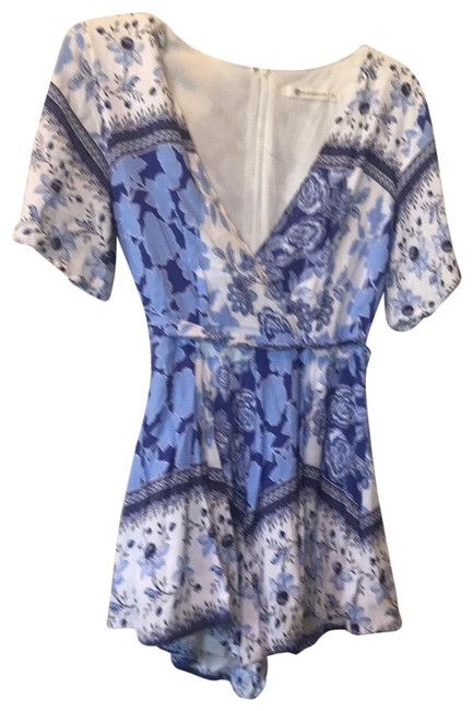 Item - Blue and White Short Sleeve Romper/Jumpsuit