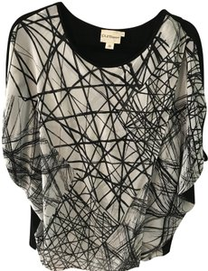 DKNY Puredkny Art Deco Fun Flirty Unique Top Black/White