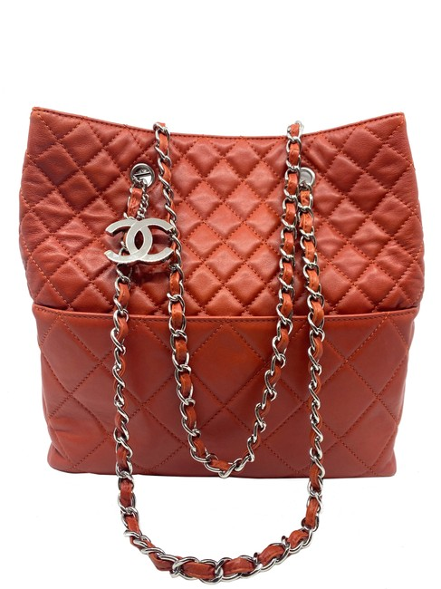 Item - Shopping Quilted Red Lambskin Leather Tote