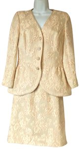 Victor Costa VICTOR COSTA for NEIMAN MARCUS PINK LACE COCKTAIL SKIRT SUIT 10