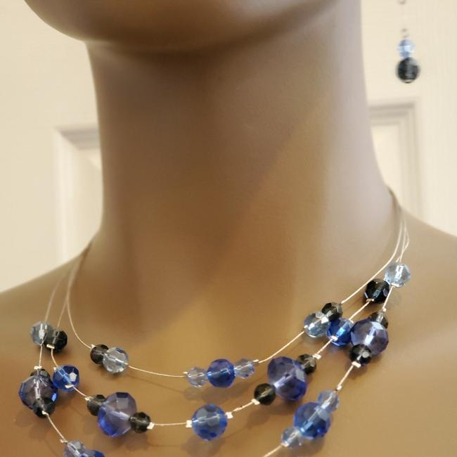 Item - Blue And Earrings Necklace