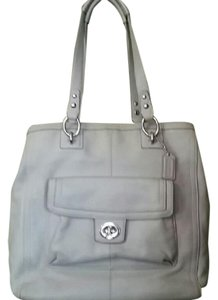Coach Penelope Leather Excellent Exterior Tote in Taupe