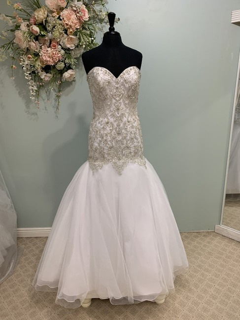 Mori Lee White/Silver Tulle 1100 Traditional Wedding Dress Size 10 (M) Mori Lee White/Silver Tulle 1100 Traditional Wedding Dress Size 10 (M) Image 1