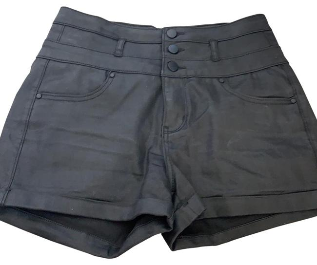 Item - Black Coated Denim Shorts Size 6 (S, 28)
