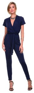 Stanzino Women's V Neck Navy Blue Short Sleeve Elastic Waist Jumpsuit