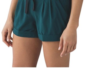 Lululemon Lululemon Spring Break Away Shorts