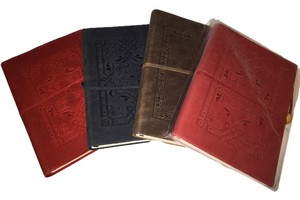 Barnes & Noble 4 Volume Victorian Classic Leather-Bound Writing Journal Set by Barnes & Noble [ Roxanne Anjou Closet ]