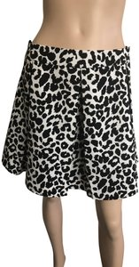 Collective Concepts Skirt White Black