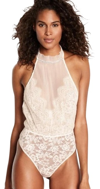 Item - Ivory New Chocker Neck Teddy/Bodysuit Mid-length Night Out Dress Size 6 (S)