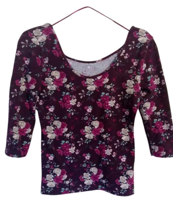 Preload https://img-static.tradesy.com/item/267484/h-and-m-burgundy-maroon-green-cream-blouse-size-10-m-0-0-650-650.jpg