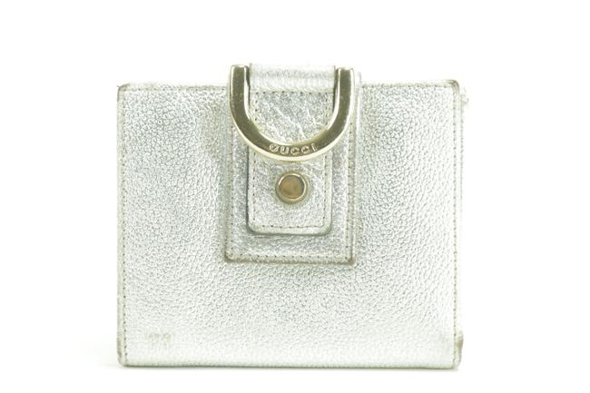 Gucci Silver Metallic Compact D Ring Leather 11gk0123 Wallet Gucci Silver Metallic Compact D Ring Leather 11gk0123 Wallet Image 1