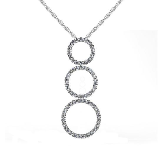 Preload https://img-static.tradesy.com/item/26748651/white-425-ct-round-graduated-circle-pendant-necklace-0-0-540-540.jpg