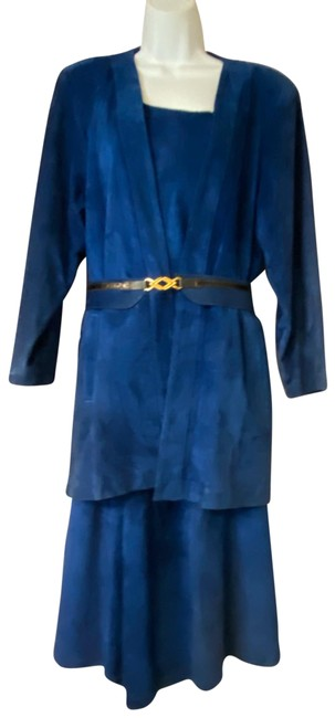 Preload https://img-static.tradesy.com/item/26749245/blue-suede-leather-4-pc-skirt-suit-size-8-m-0-1-650-650.jpg