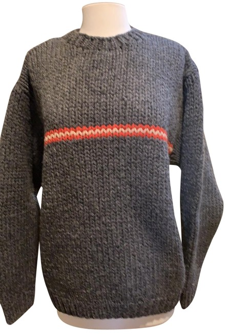 Item - Chunky Charcoal Gray Red Pink Sweater