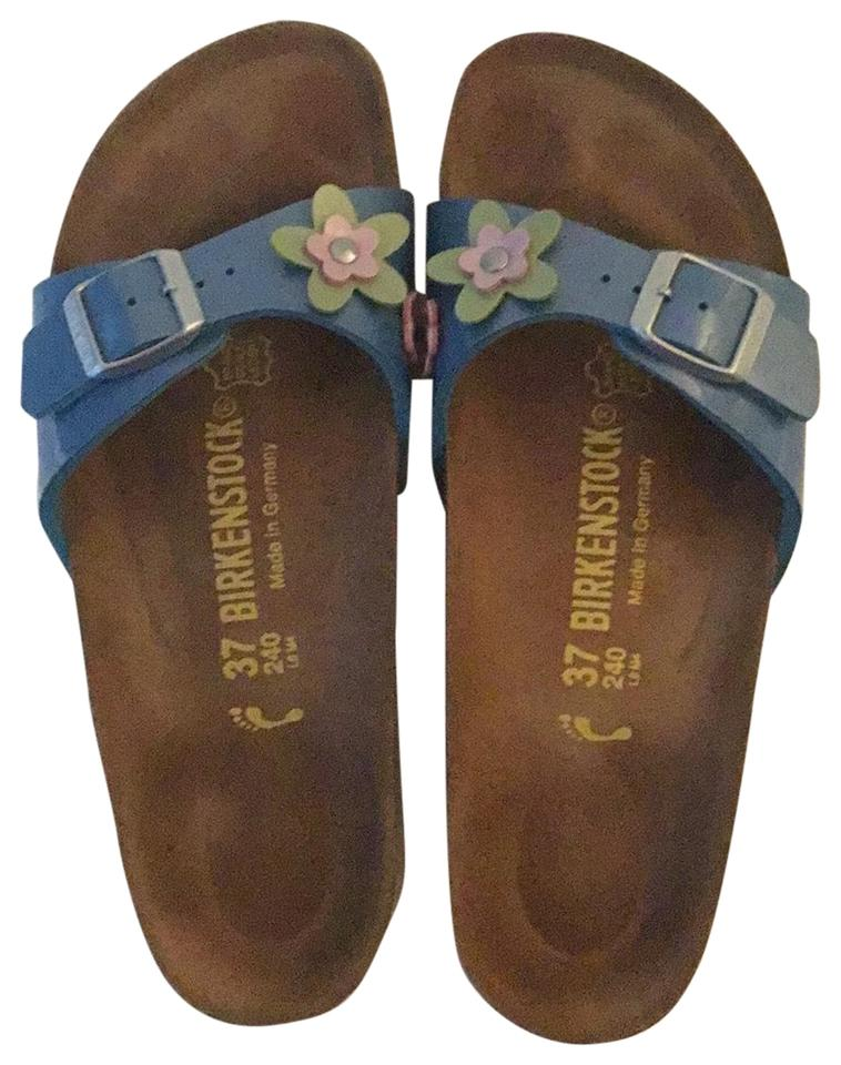 Green Birkenstock Sandals Up to 90% off at Tradesy