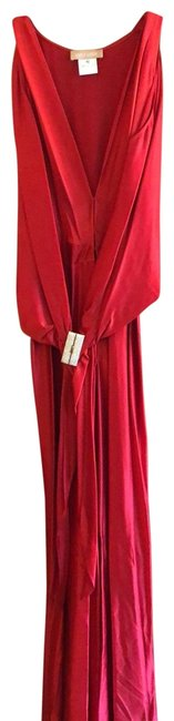 Item - Red Floor-length Evening Gown Long Formal Dress Size 8 (M)