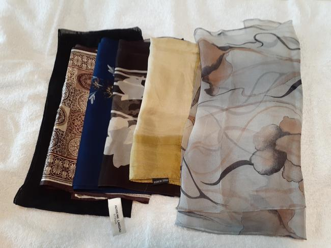 Item - 6 Multicolor Scarves Assorted