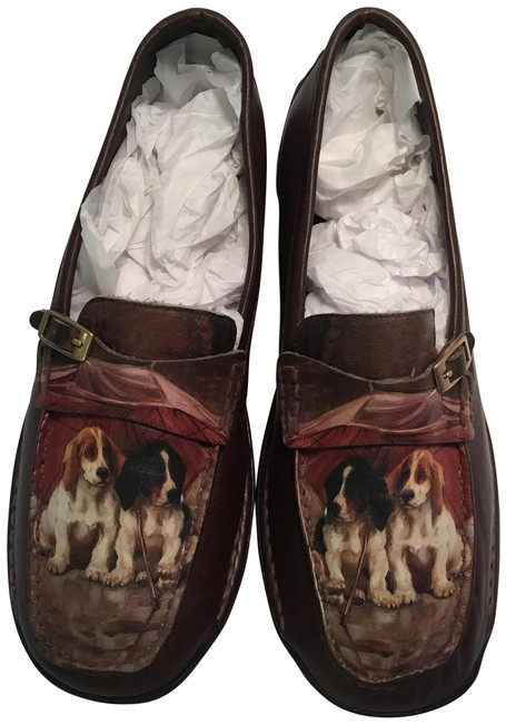 Item - Brown Loafers with Dog Motif In U.s. Medium Flats Size US 7 Regular (M, B)