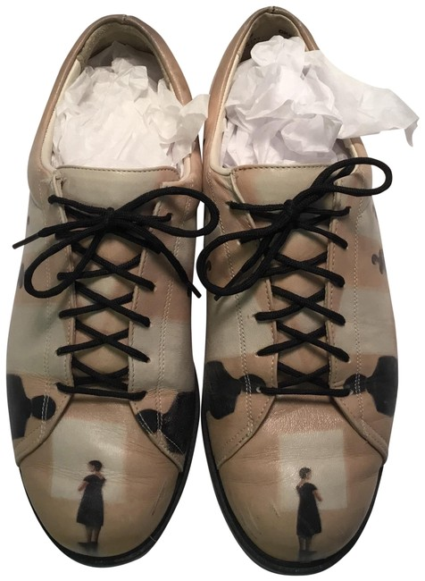 Item - Black and Cream Oxfords M with People Motif Flats Size US 7 Regular (M, B)