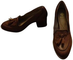 Isola Tassels Pointed Toe Brown Pumps