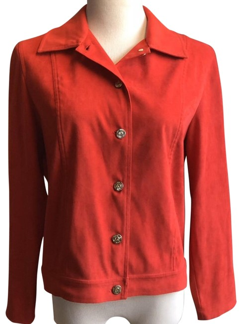 Item - Red Activewear Outerwear Size 4 (S)