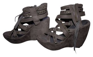 Mia Shoes Gladiator Studded Faux Suede Strappy Platform Zipper Grey Wedges