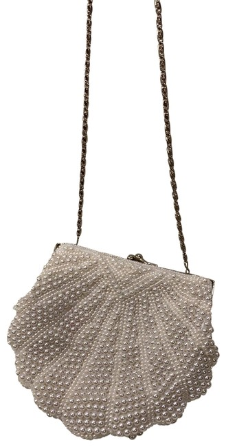 Item - Evening Bag Beaded Purse Off-white Pearl with Metal Frame Clutch