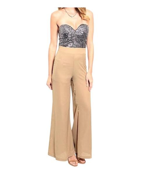 Item - Silver/Tan Strapless Sweetheart Sequin Contrast Romper/Jumpsuit