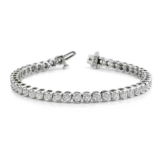 Preload https://img-static.tradesy.com/item/26768875/white-500-ct-round-tennis-bezel-setting-bracelet-0-0-540-540.jpg