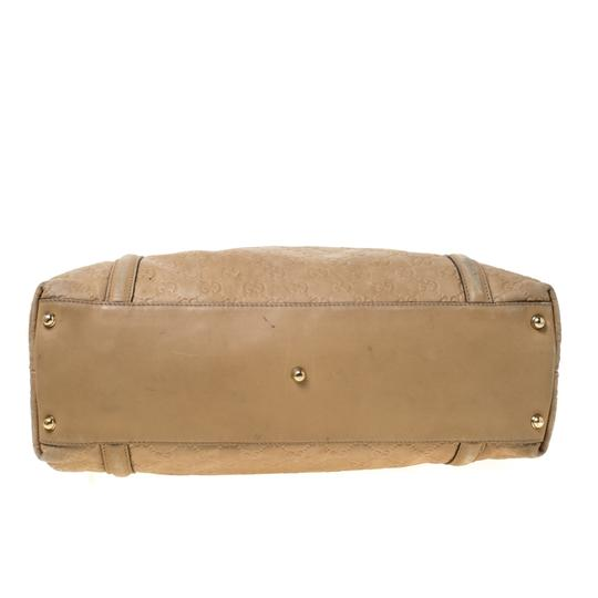 Gucci Leather Tote in Beige Image 4