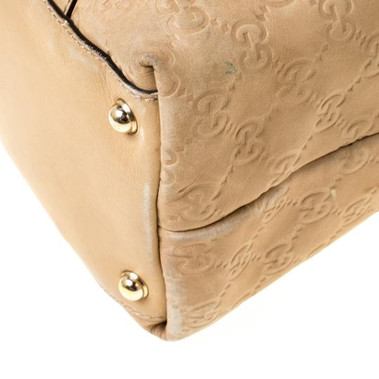 Gucci Leather Tote in Beige Image 9