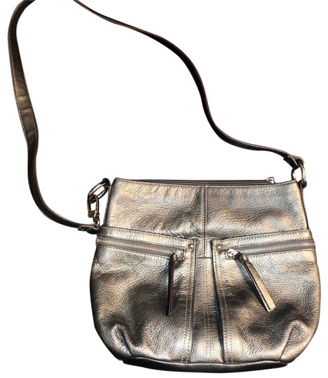 Preload https://img-static.tradesy.com/item/26768902/tignanello-messenger-cross-body-bag-0-1-540-540.jpg