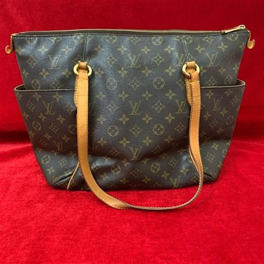 Louis Vuitton Totall Totally Mm Totally Shoulder Bag Image 2