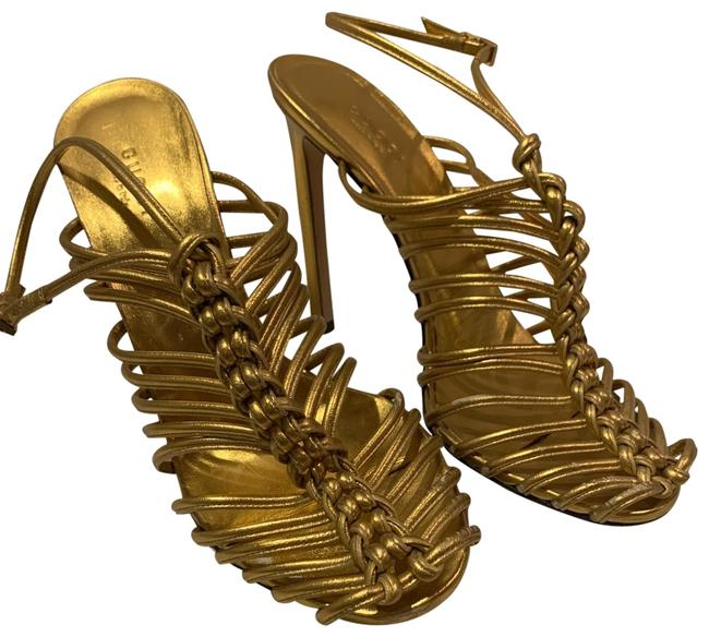 Item - Gold Strappy Caged Heels Sandals Size EU 39 (Approx. US 9) Narrow (Aa, N)
