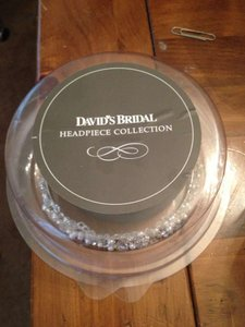 David's Bridal New Headband With Pearls And Crystals