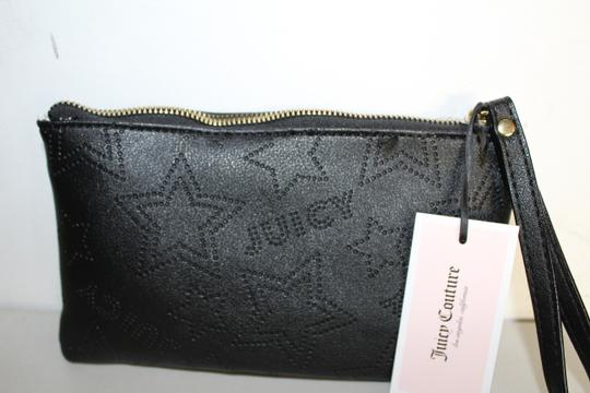 Juicy Couture Clutch Wristlet in black Image 3