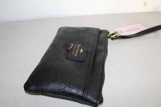 Juicy Couture Clutch Wristlet in black Image 4