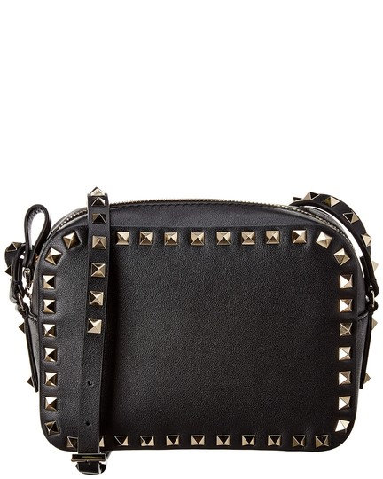 Preload https://img-static.tradesy.com/item/26769496/valentino-camera-rockstud-small-leather-black-cross-body-bag-0-0-540-540.jpg