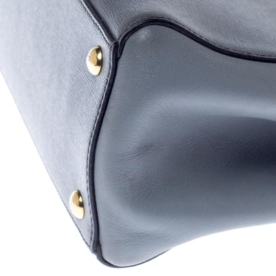 Fendi Leather Tote in Grey Image 4