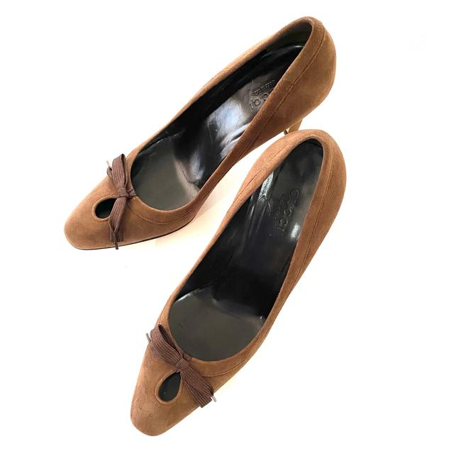Gucci Brown Suede Pumps Size US 6.5 Regular (M, B) Gucci Brown Suede Pumps Size US 6.5 Regular (M, B) Image 1