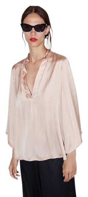 Item - Beige Pink Nude Silky Blouse Size 6 (S)